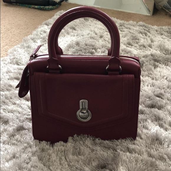 Raoul Handbags - FLASH SALE Raoul name brand handbag ❤️
